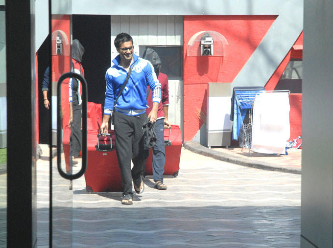 Vishal Karwal Enters In Bigg Boss 6 Modern House Photo