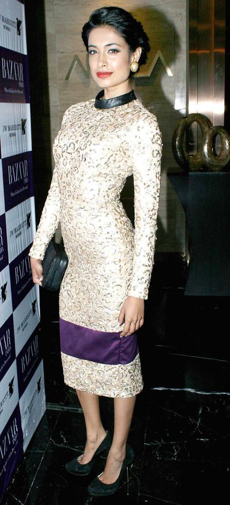 Sarah Looked Gorgeous In An Atsu Sekhose Dress At The Harper's Bazaar Bash
