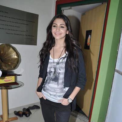 Anushka Spotted At Matru Ki Bijlee Ka Mandola Music Launch Event