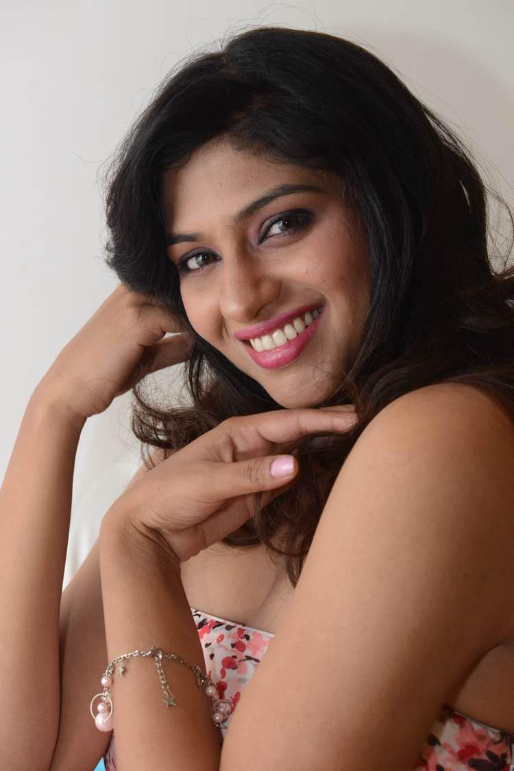 Lakshmi Nair Cute Smiling Still At Shivani Audio Release Function