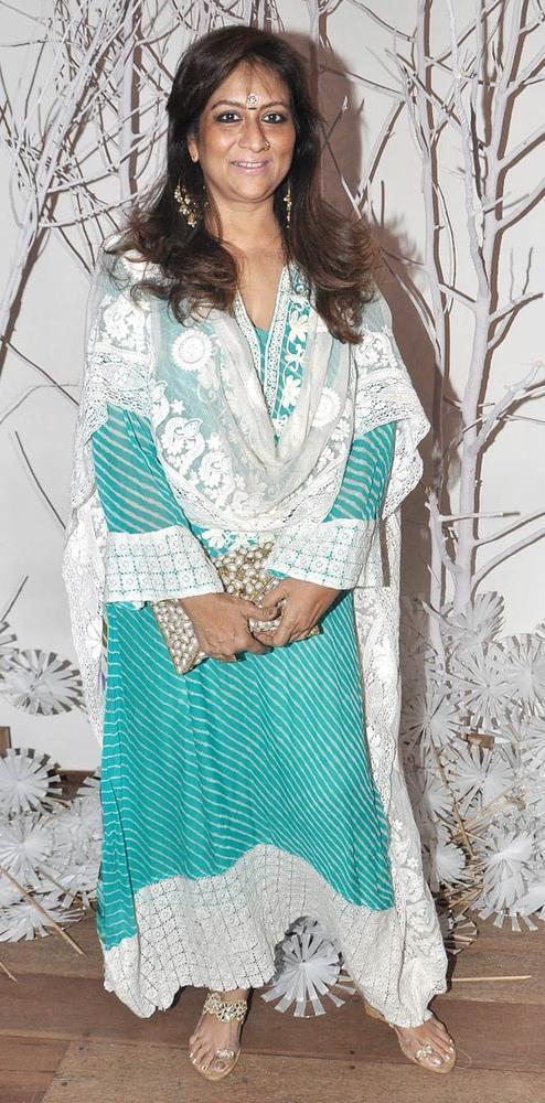 Sharmilla Khanna Glamour Look At Ensemble Silver Jubilee Bash