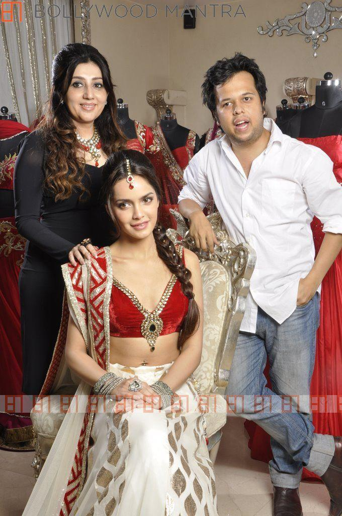 Shazahn,Archan And Luv Israni Posed For Camera During The Photo Shoot