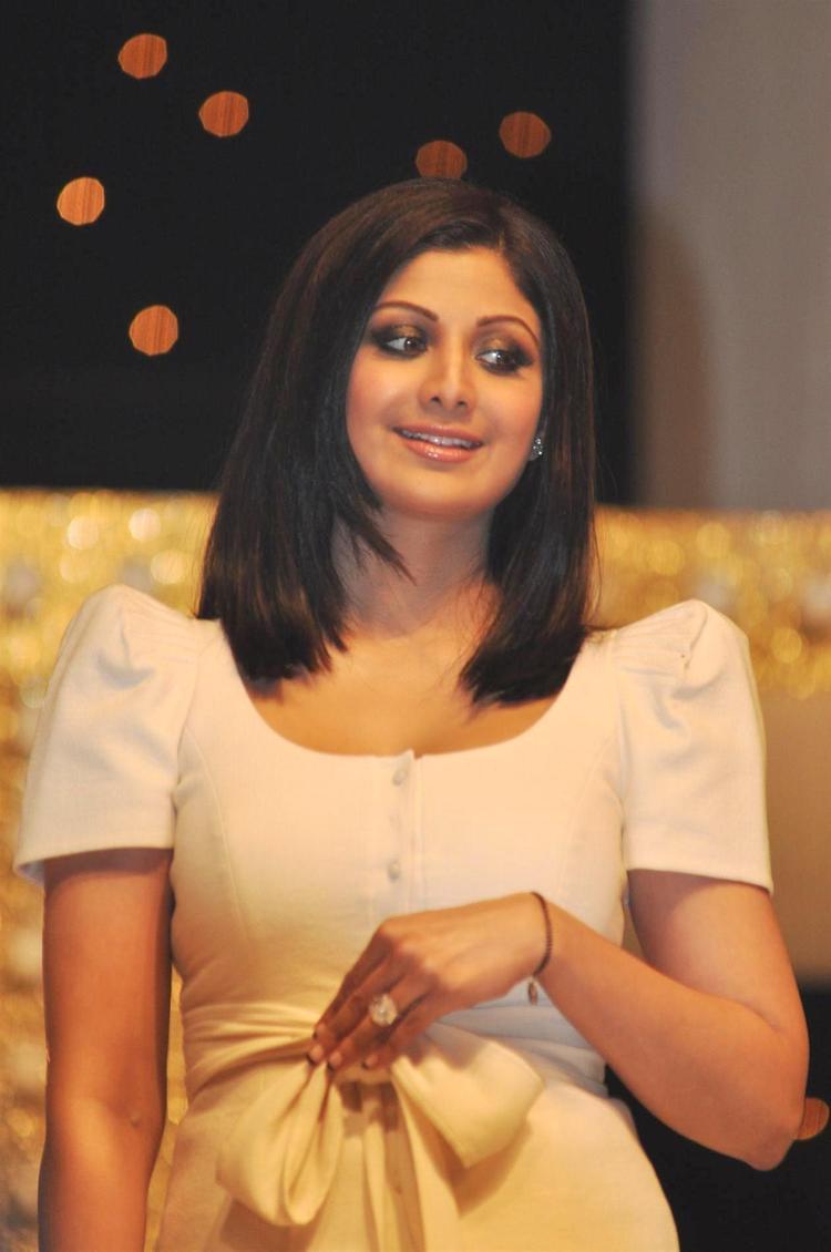 Shilpa Shetty Dazzles At Nach Baliye Season 5 Launch Event
