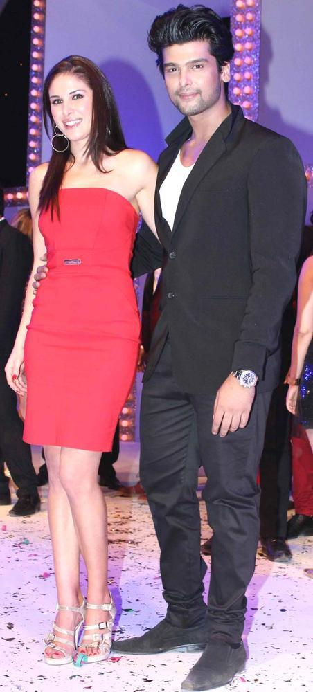 Kushal With Girlfriend Elena Posed For Camera At The Launch Of Nach Baliye Season 5