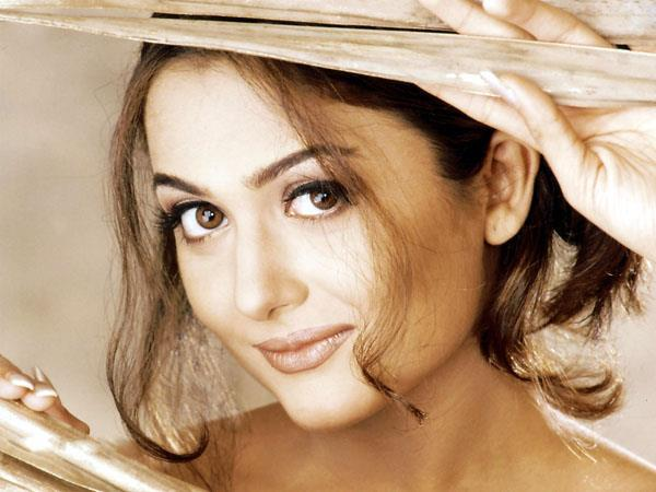 Amrita Arora Dazzling Face Look Nice Photo Still