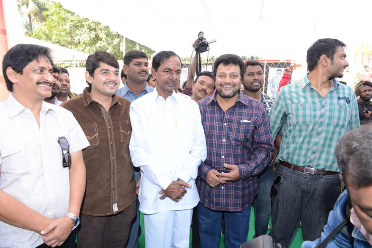 KCR And Other Guests Photo Clicked At Aadi New Movie Launch Event