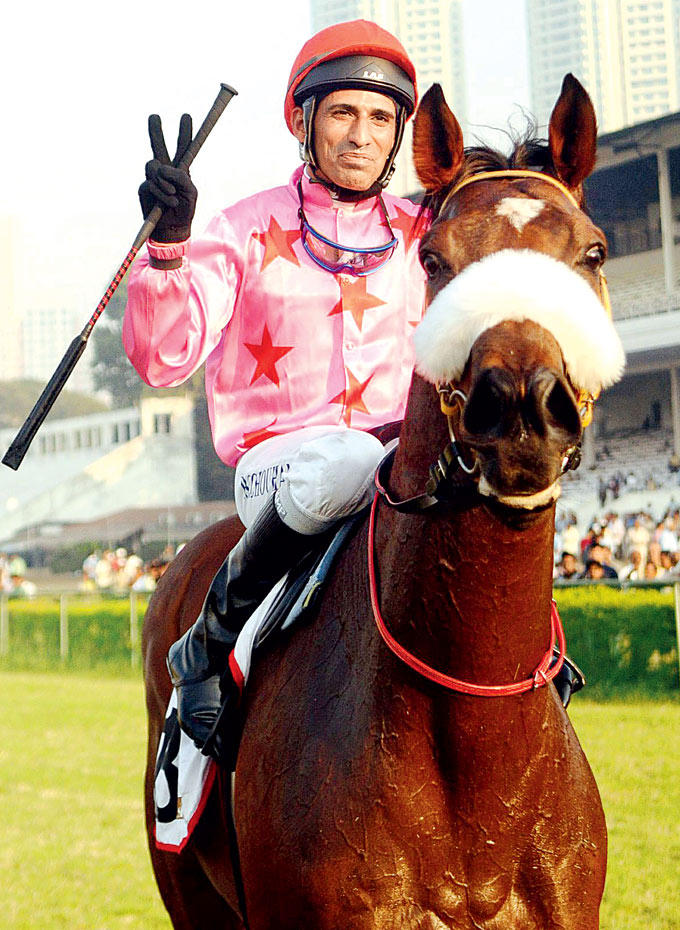 P S Chouhan With The Horse Pose For Camersa At Nakshatra Indian 2000 Guineas Race