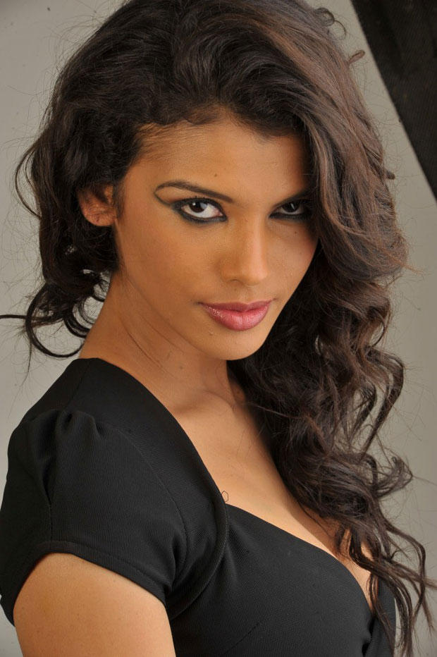 Gabriela Bertante Trendy Looking Photo Shoot In Black Dress