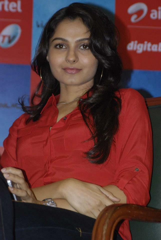 Andrea Glamorous Look Still At Airtel DTH TV Launch To Promote Movie Vishwaroopam