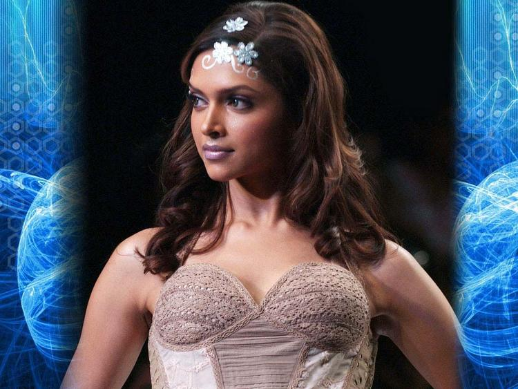 Deepika Padukone Sleeveless Dress Glamour Still