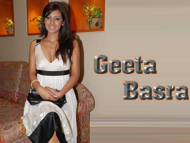 Cute Geeta Basra Wallpaper