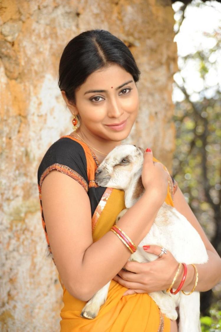 Shriya Saran Cute Acting Still