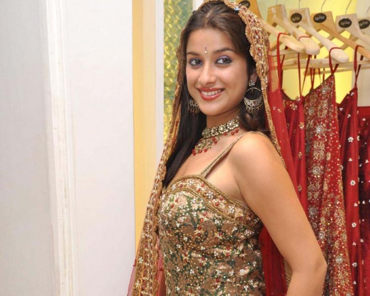 Madhurima Banerjee Beauty Smile Pic