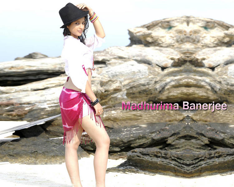 Madhurima Banerjee Sexy Legs Pic