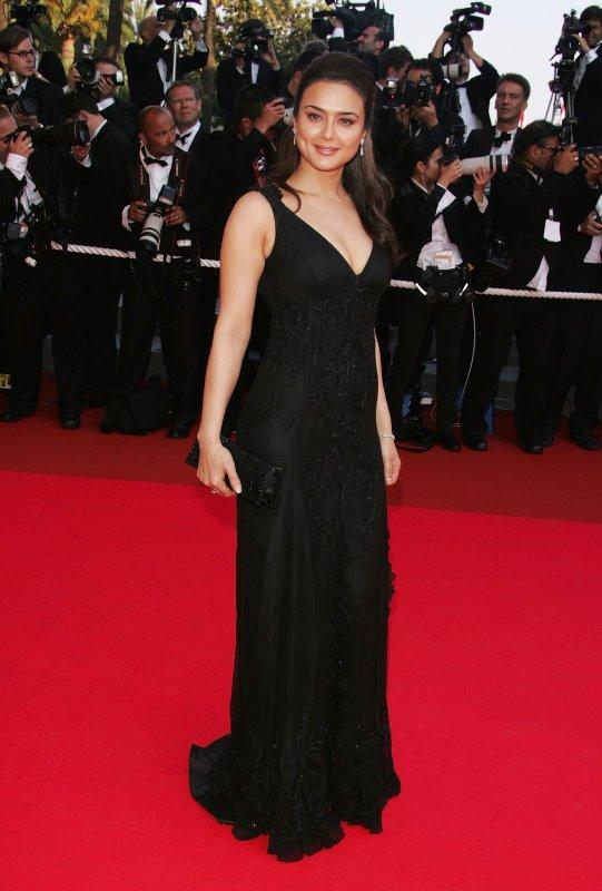 Preity Zinta Beautiful Gown Still On Red Carpet
