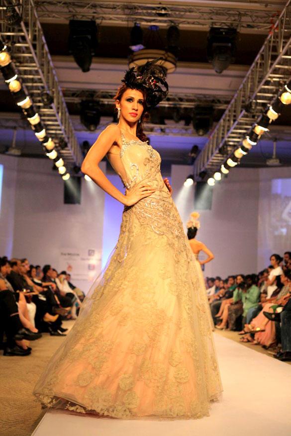 Celebrities Walk at ABIL Pune Fashion Week