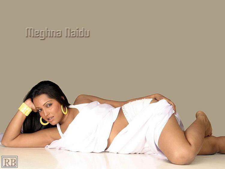 Meghna Naidu Hot Sexy Wallpaper