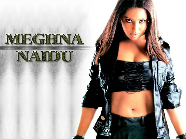 Meghna Naidu Navel Show Killer Look Wallpaper