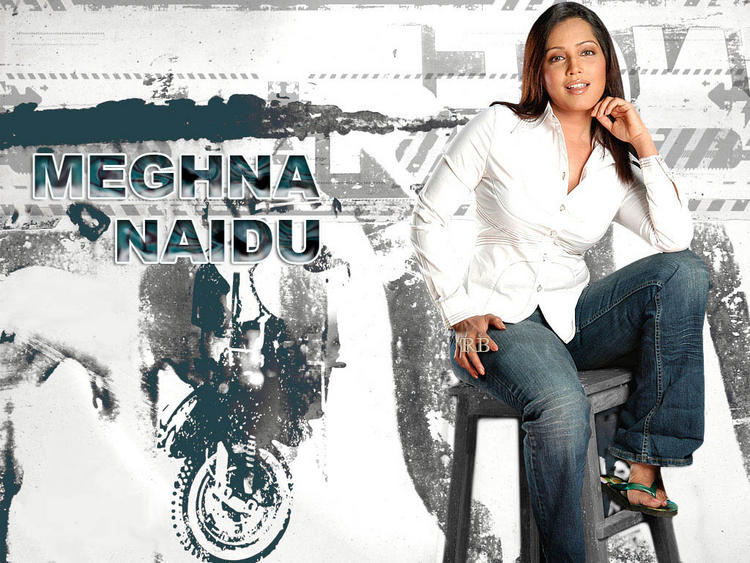 Meghna Naidu Sexy Wallpaper With White Shirt and Jeans