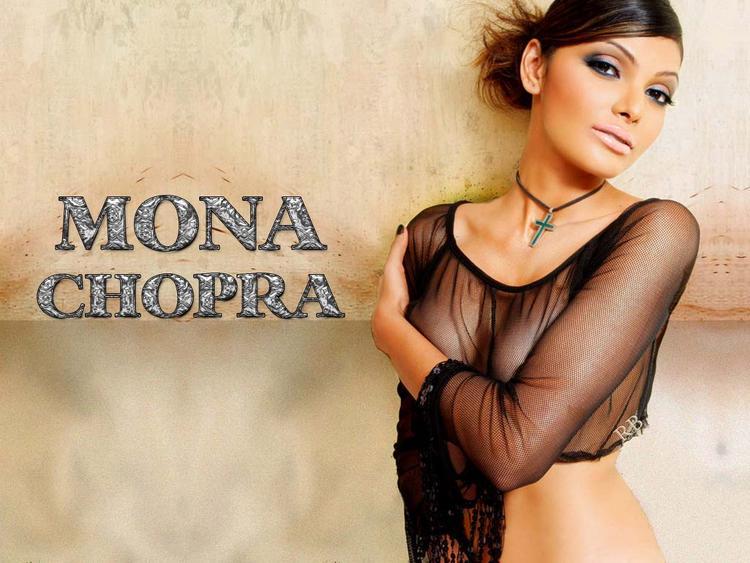 Mona Chopra Spicy Look Wallpaper