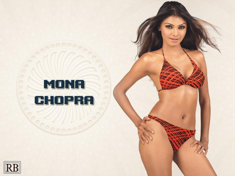 Mona Chopra Wet Outfit Wallpaper