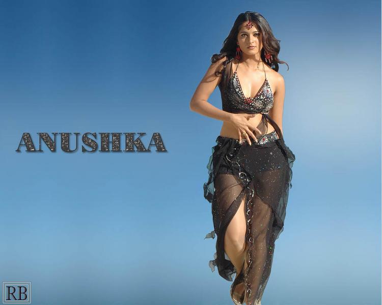 Anushka Shetty Hot Dressing Wallpaper