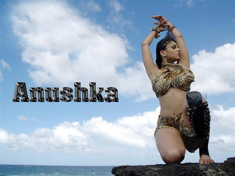Anushka Shetty Latest Hottest Wallpaper