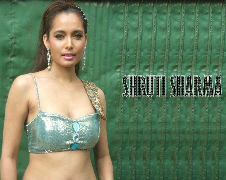 Shruti Sharma Wet Outfit Wallpaper