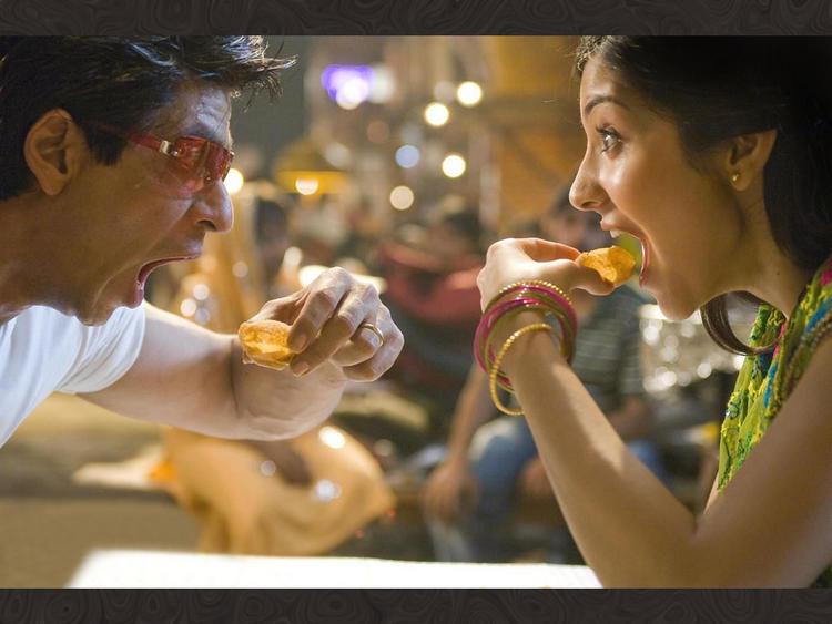 Anushka Sharma With Shahrukh Khan In Rab Ne Bana Di Jodi