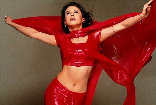 Urmila Matondkar Spicy Navel Exposing Photo In Red Dress