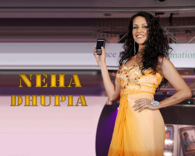 Neha Dhupia Mobile Ad Wallpaper