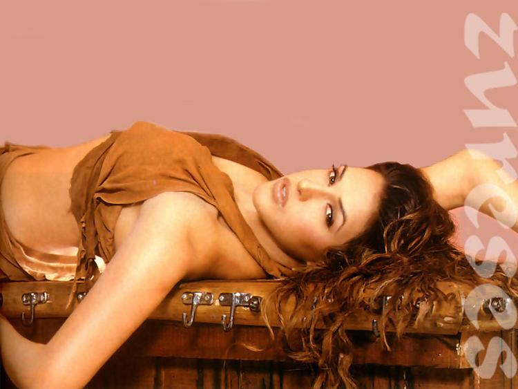 Neha Dhupia Sleeping Pose Wallpaper