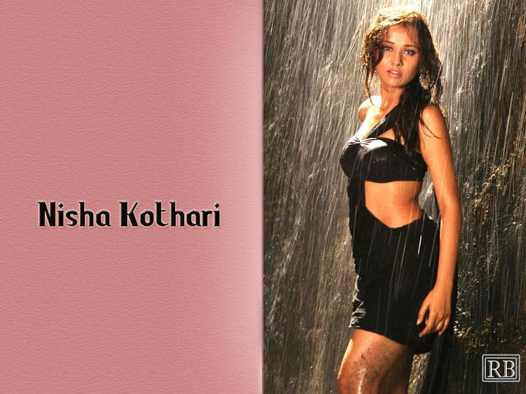 Nisha Kothari Wet Swim Wallpaper