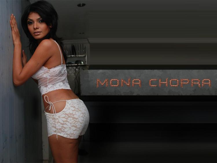 Mona Chopra Sexy Dressing Hot Wallpaper