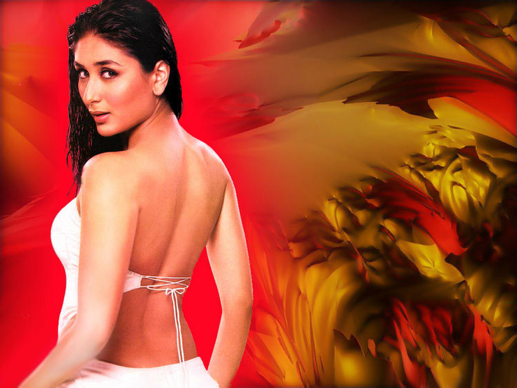Kareena Kapoor Milky Back Exposing Wallpaper