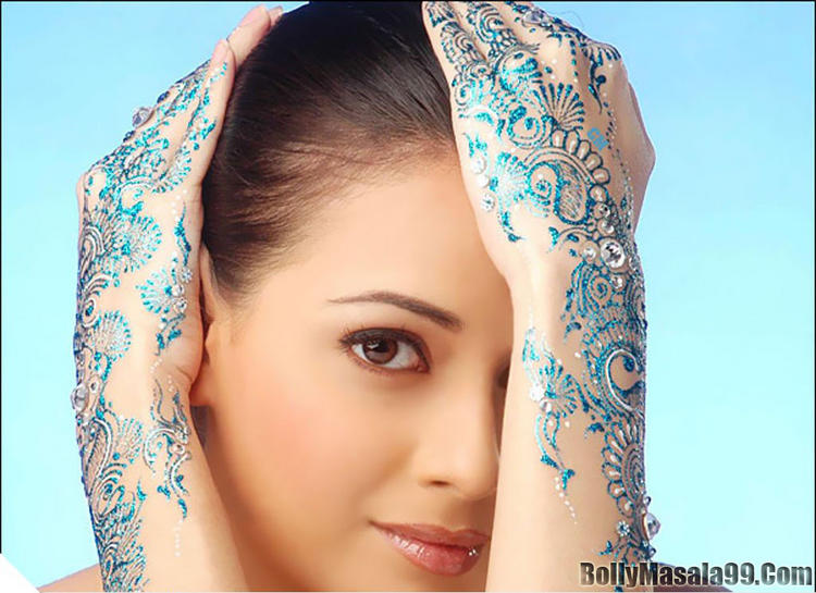 Diya Mirza Beautiful Mehndi Design Photo