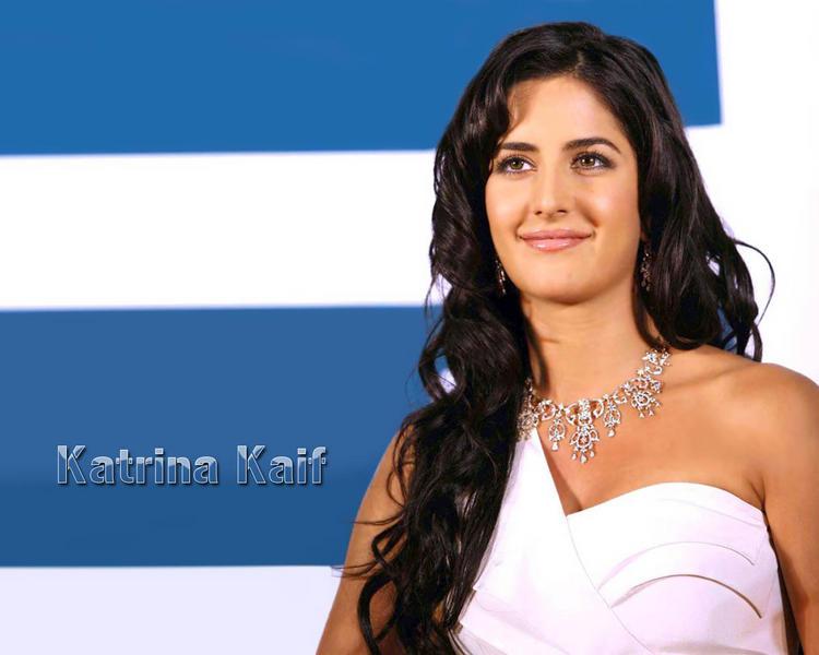 Katrina Kaif Beauty Face Look Wallpaper