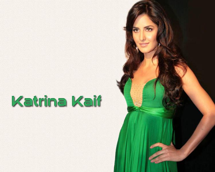 Katrina Kaif Gorgeous Wallpaper In Green Dress