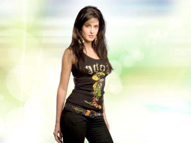 Katrina Kaif Sexy and Stylist Wallpaper
