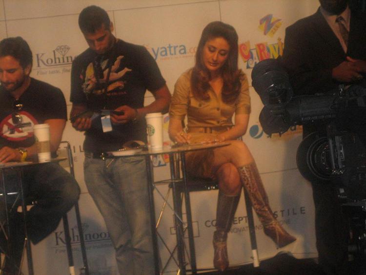 Kareena Kapoor with Saif Ali Khan Photo
