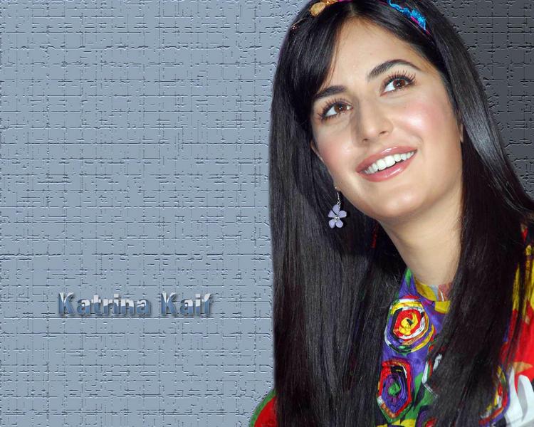 Cute Katrina Kaif Wallpaper