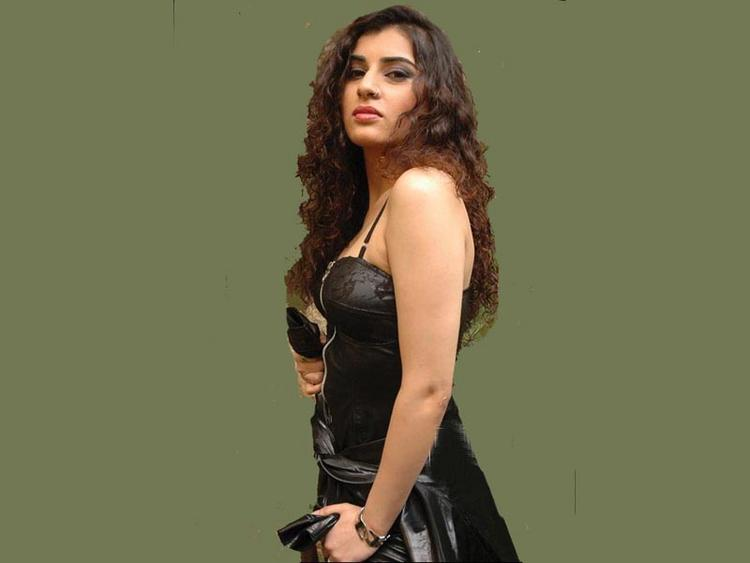 Archana Black Dress Hot Wallpaper