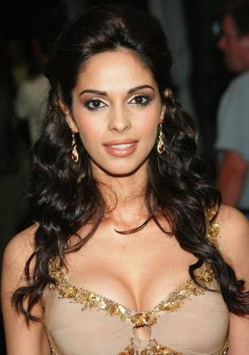 Mallika Sherawat Open Boob Sexy Still