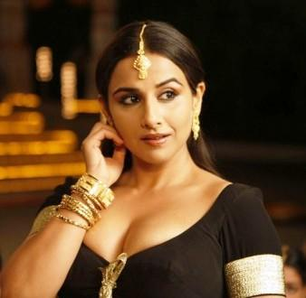 Hot Vidya Balan As Silk Smitha In Dirty Picture