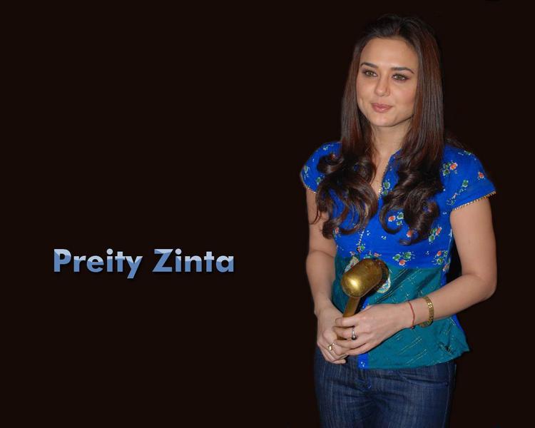 Preity Zinta Deadly Smile Wallpaper