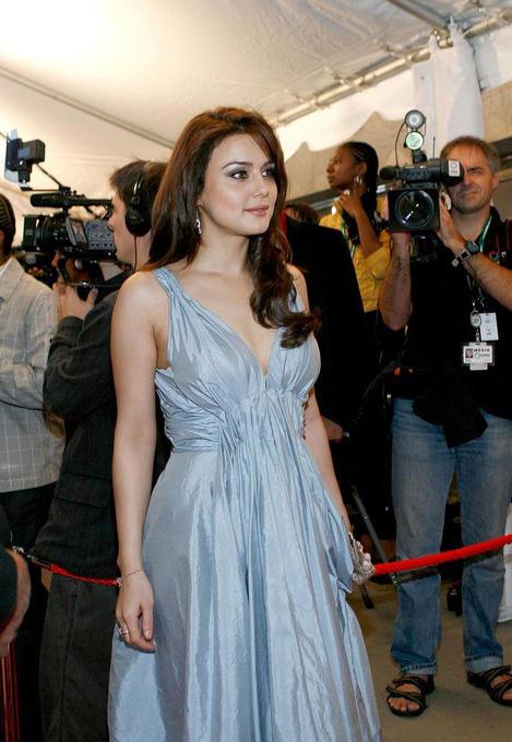 Preity Zinta Nice And Cool Pics