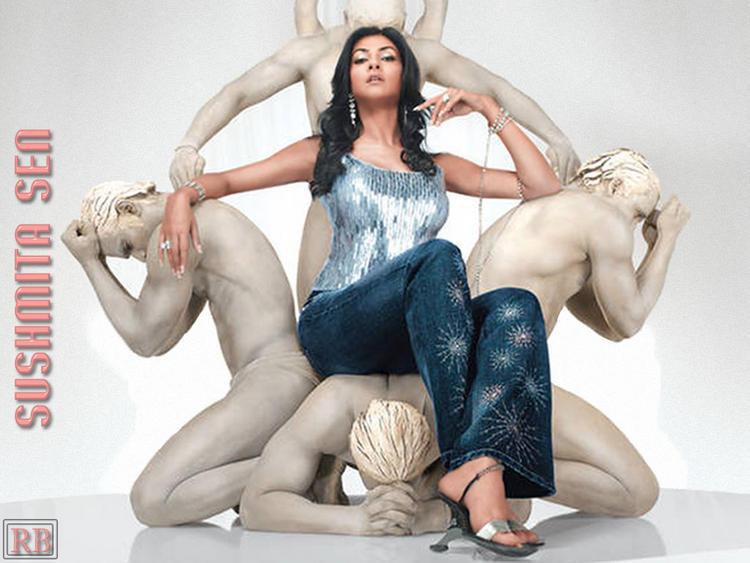 Sushmita Sen Hot and Sexy Wallpaper