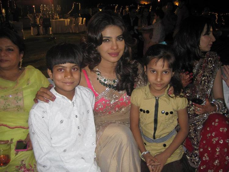 Priyanka Chopra Poses To Photo Shoot