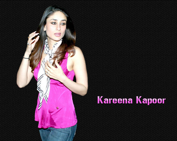 Kareena Kapoor Sexy Gorgeous Still In magenta Color Tops