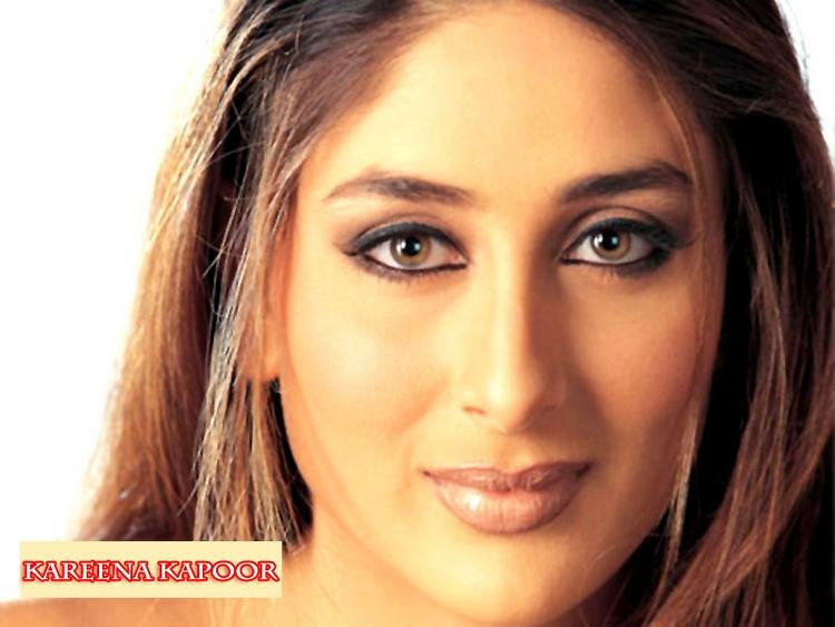 Kareena Kapoor Beautiful Eyes Look Wallpaper